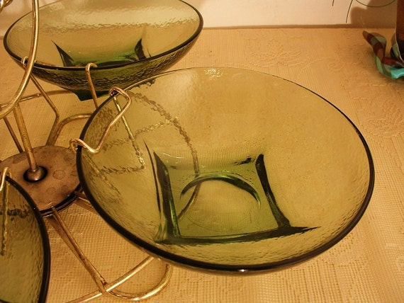 Avocado Green Glass Lazy Susan Snack Set