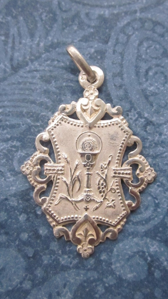 Antique Sterling Silver French Religious Medal Ornate First Communion    SS74