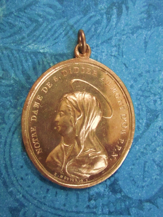 Virgin Mary  Religious Medal Antique French 1863 SS-164