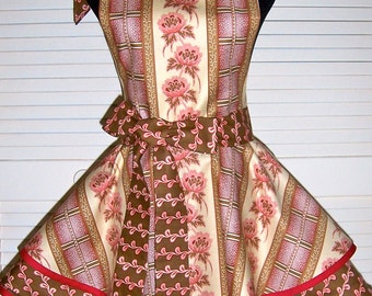 ON SALE - Vintage Inspired Two Tiered Full Apron with Crochet Lace Accent