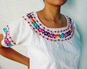 Mexican White Blouse Elegant 100 % Cotton Floral Colorful Embroidered Handmade Medium / Large