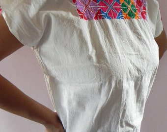 Mexican Gorgeous Ethnic Top Blouse Fantastic Embroidered Handmade Bohemian Vintage Style Small / Medium
