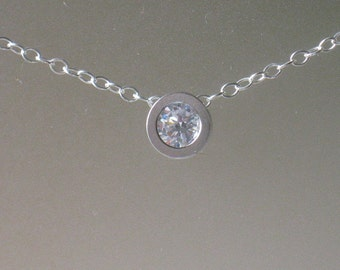 Simple Circle Clear Crystal Necklace