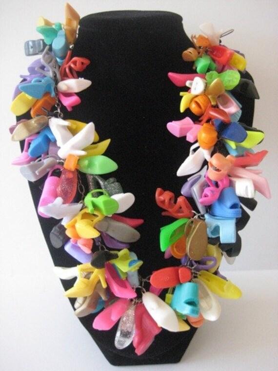 BARBIE Shoe Necklace Doll Binns FREE SHIPPING Kitsch, Doll Shoe Necklace