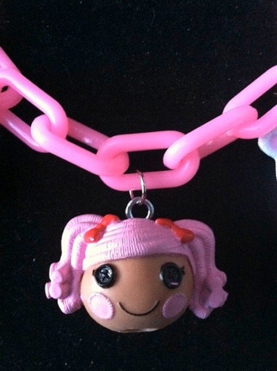 LALALOOPSY Girls Child's Necklace SEW Cute HOLLY Doll Pink Button