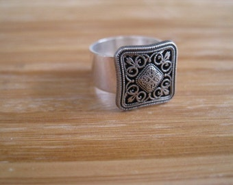 Silver square Ring - A Little Hip to Be Squared Silver Ring