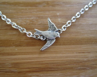 Flying Solo Silver Necklace