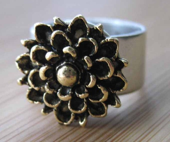 Gold chrysanthemum Ring - I Need My Mummy - Gold and silver Flower Ring Adjustable