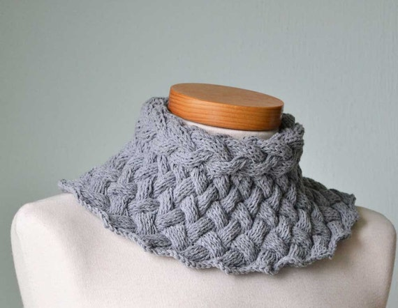 BRUNHILDE, Knitting collar pattern, PDF