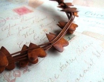 Rusty Wire Primitive Heart Garland - 12 ft