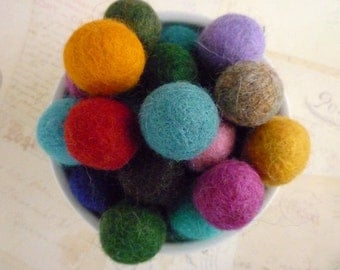 Felt Balls x 100 - Mixed Colours- 2cm