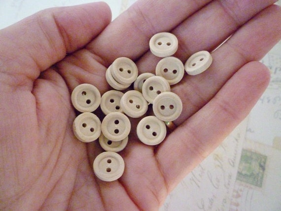 Wood Buttons - SMALL wooden buttons - WHOLESALE - Pack of 100