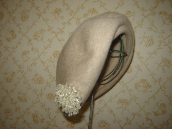 Vintage Henry Pollak NY Wool Beret Hat with Beaded Vintage Brooche