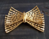 Vintage Extra Large Monet Gold Tone Bow Brooch