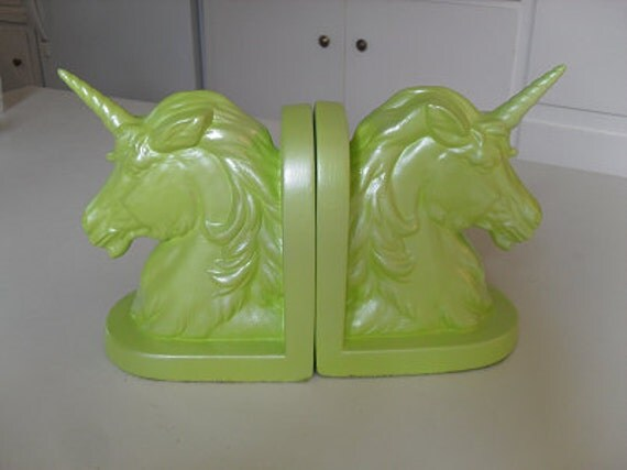 "Weirdity: ""Unicorn Bookends"""