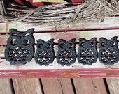 FABULOUS VINTAGE Set of 5 Retro Owl Trivets Cast Iron Black Kitchen Decor -- 1 Large and 4 Small Trivets
