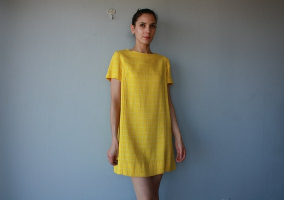 1960s dress / 60s dress / Spring Wool dress - size large