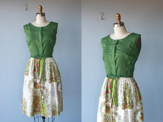 50s Swirl dress / novelty print dress / 1950s dress / Apple Orchard dress
