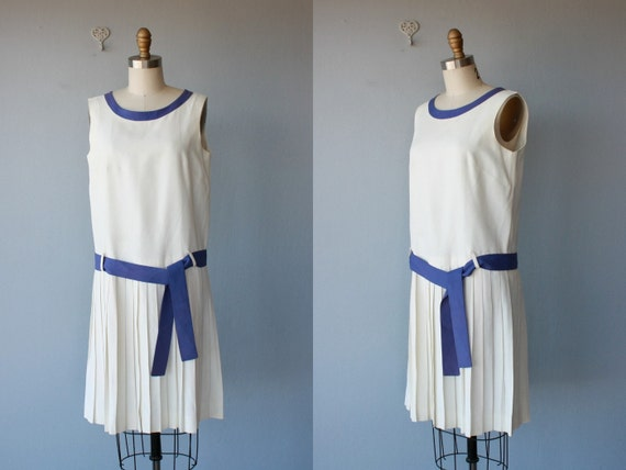vintage 60s dress / drop waist dress / 1960s does 1920s