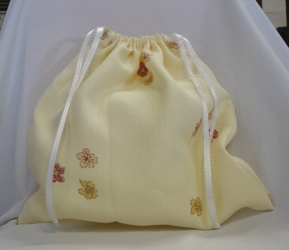 """Yellow Cloth Gift Bag Reusable Hand Bag Gift Wrap Bag 12.5""""x10.5"""""""
