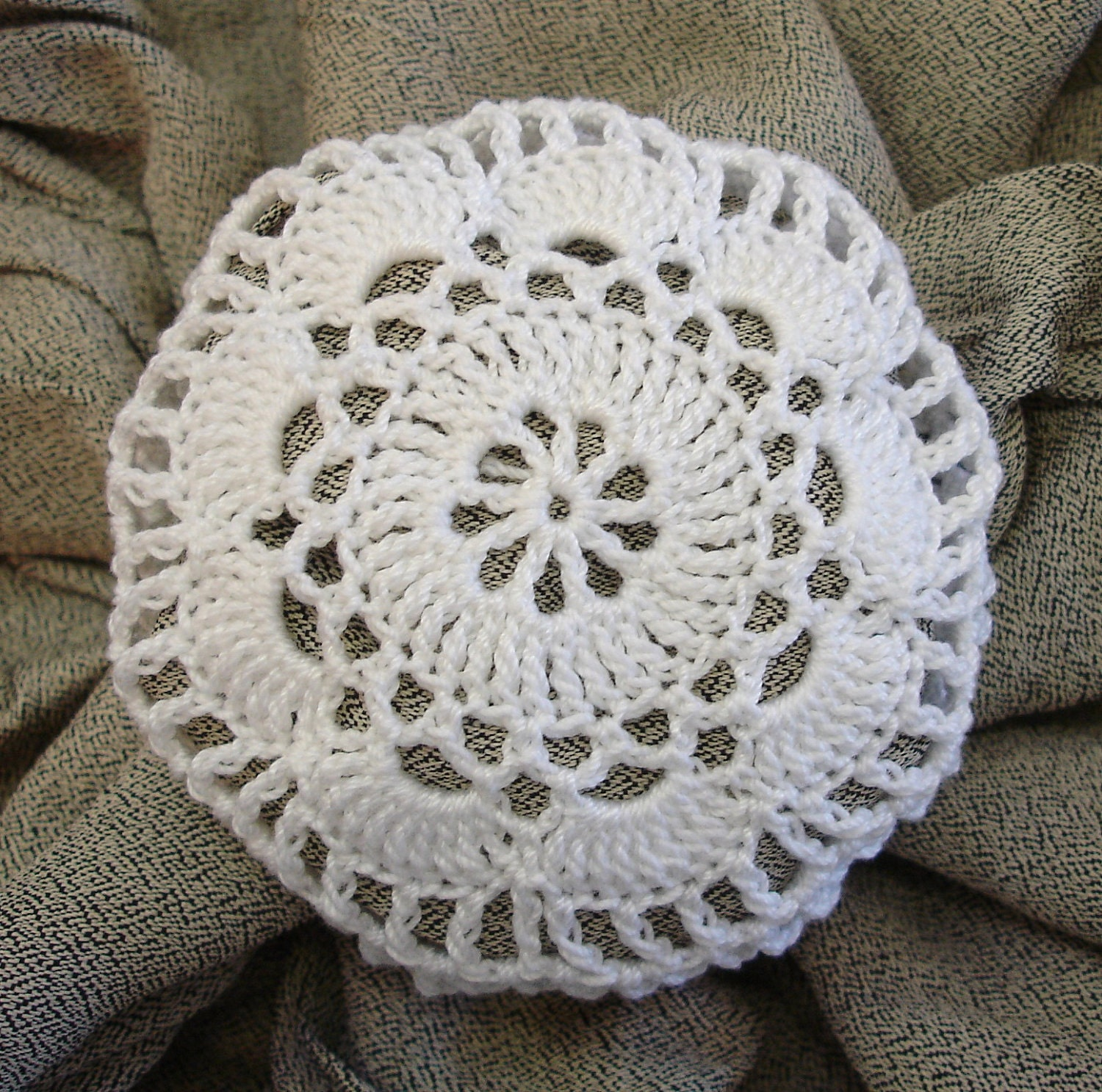 Crochet Hair Net Bun Cover Pattern : Hair Net / Bun Cover Crocheted White Flower Style by mydesertdeals