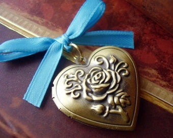 Bouquet Memorial Locket Charm - Bronze Rose Heart Locket - Includes Picture Printing Service