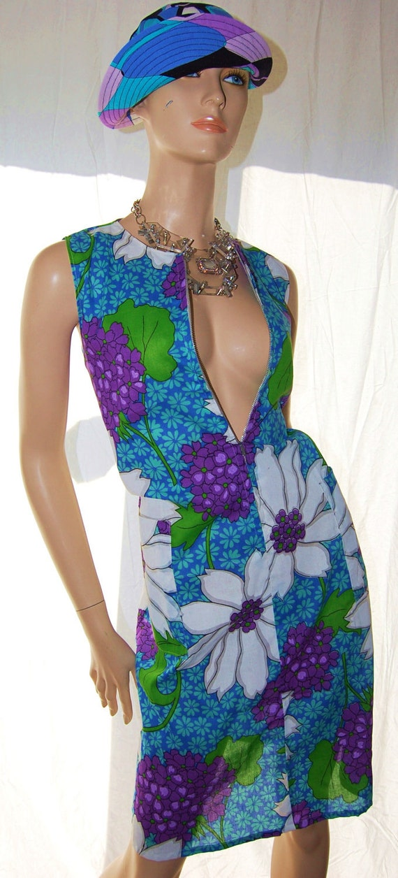 Vintage 70s BoHo Floral Shift DreSS SexY ReSorT Cover UP CafTaN No Ironing Needed