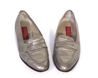 Vintage 80s PEWTER Quilted Leather Loafers womens 6.5