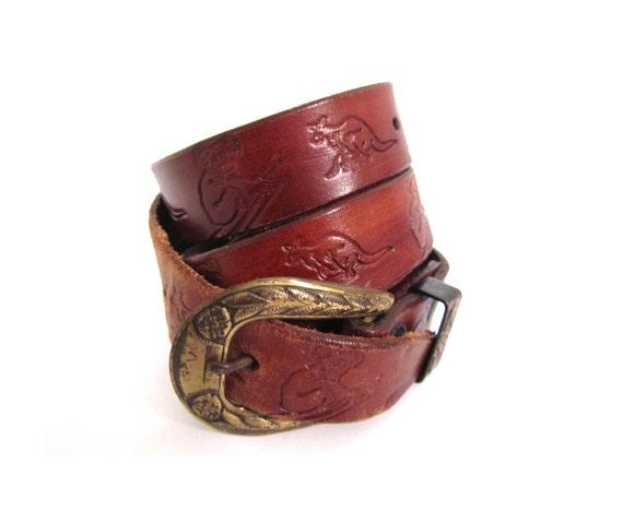Vintage DOWN UNDER Cherrywood Brown Tooled Leather Kangaroo Belt l xl