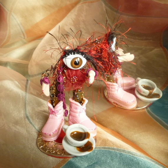 Eye Robot, Coffee Robot, Pink Boots Sci Fi Robot by mystic2awesome at Etsy