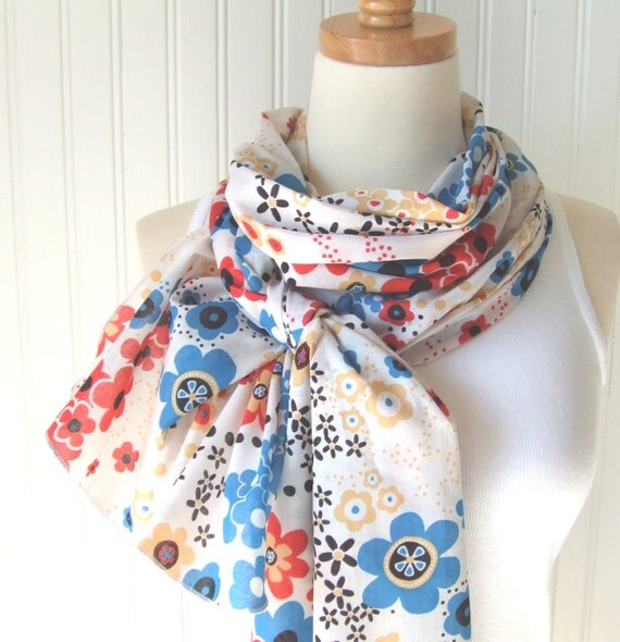 Flower Field Cotton Scarf   Extra Long   New