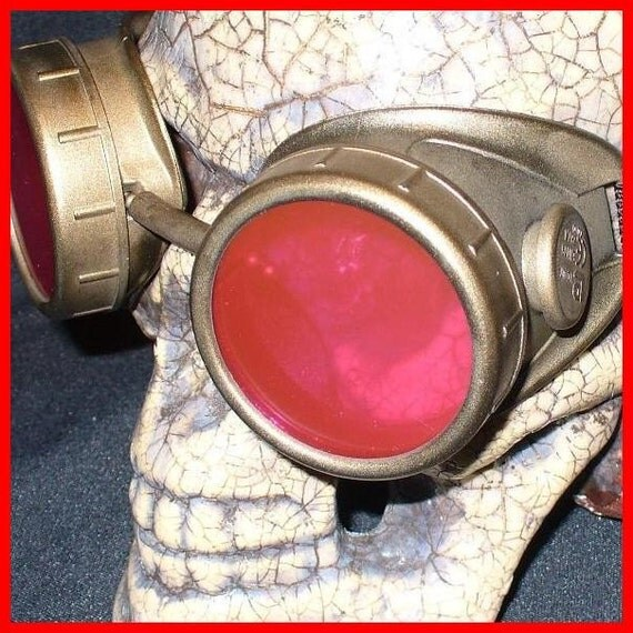 Steampunk Goggles Glasses AVIATOR  cyber gothic lenses---FR-- Time Travel Crazy Scientist's Oculo-Vision Tool