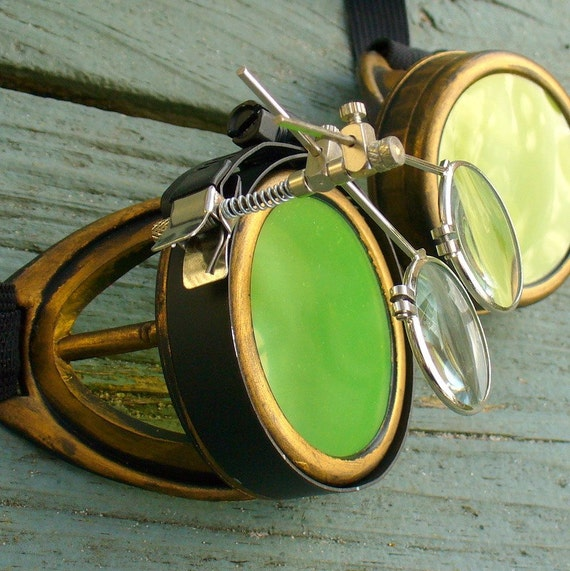 Steampunk Time Travel Crazy Scientist's Oculo-Vision Tool---D gold lime green