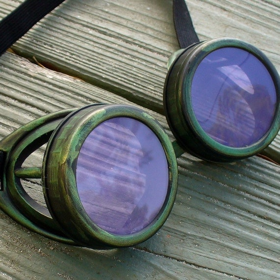 Steampunk Victorian Goggles Glasses AVIATOR Time Travel Crazy Scientist's Oculo-Vision Tool---D green lila