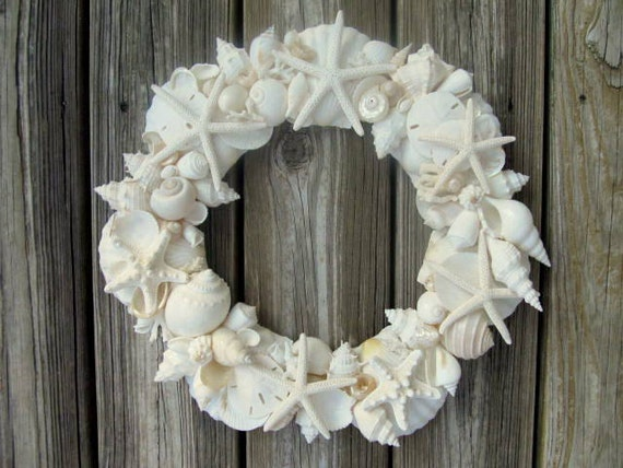 SEASHELL WREATH with white and ivory shells and starfish