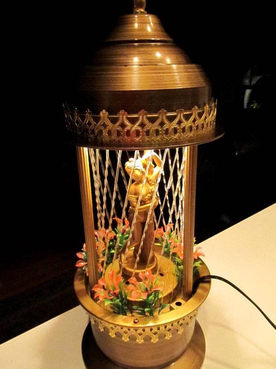 Vintage Rain Lamp With Retro Revolving Venus Statue