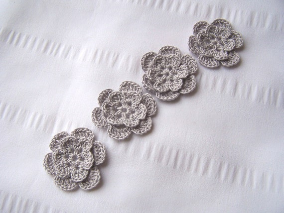 Appliques hand crocheted flowers set of 4  gray cotton 1.5 inch
