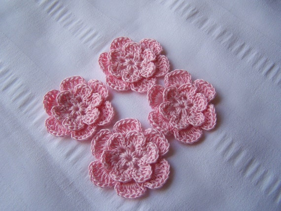 Appliques hand crocheted flowers embellishment set of 4 light pink cotton 1.5 inch