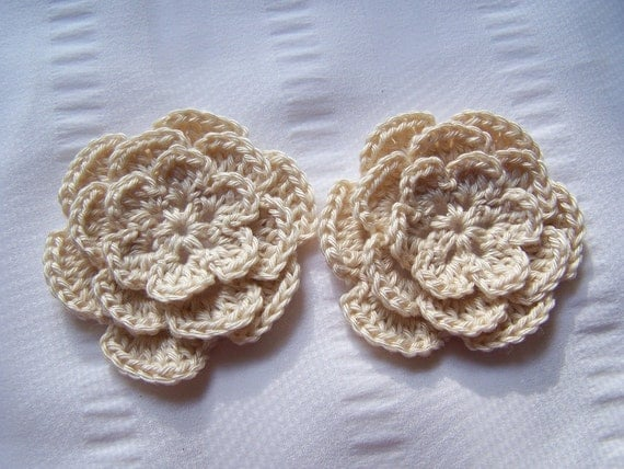Crocheted flowers 2.5 inch cotton off white