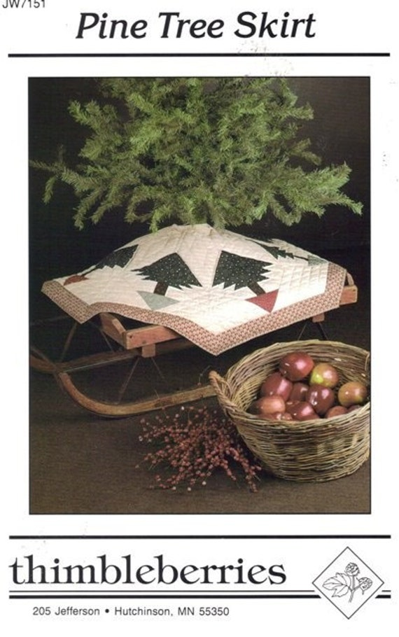 Pine Tree Skirt Pattern -   quilted tree skirt