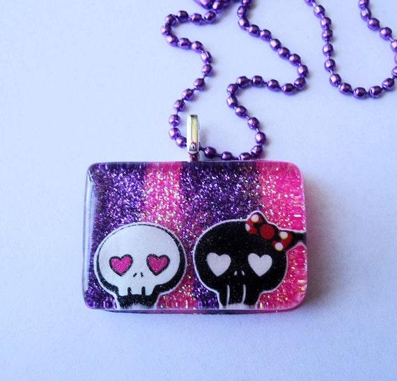 ON SALE Skull Love (Glitter Resin Pendant Necklace)