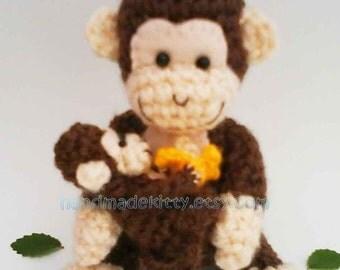 Mommy Monkey and Baby Monkey amigurumi PDF Crochet Pattern.