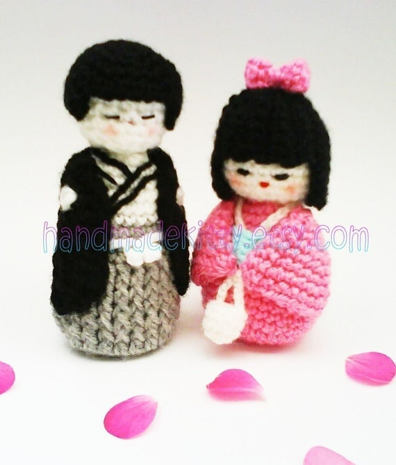 Kokeshi girl amigurumi crochet pattern and Kokeshi boy amigurumi PDF crochet pattern.