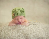 Newborn Crochet Hat - Basket Weave Beanie with Handmade Button in Green - Photography Prop