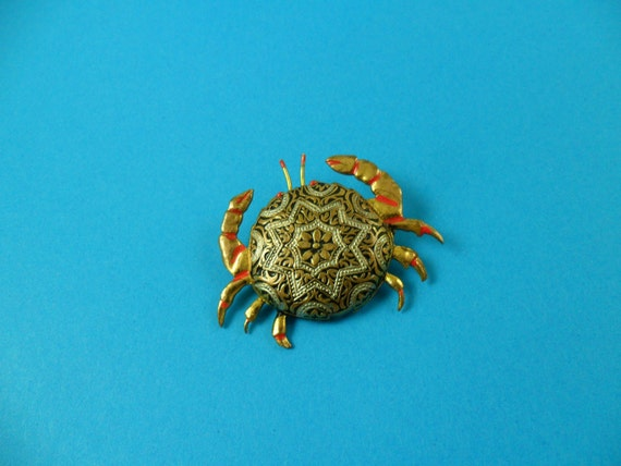 DAMASCENE CRAB  Broach pin Black Silver Gold Red Horoscope Sign of Cancer Clearnce Sale