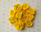 11 yellow rose charms