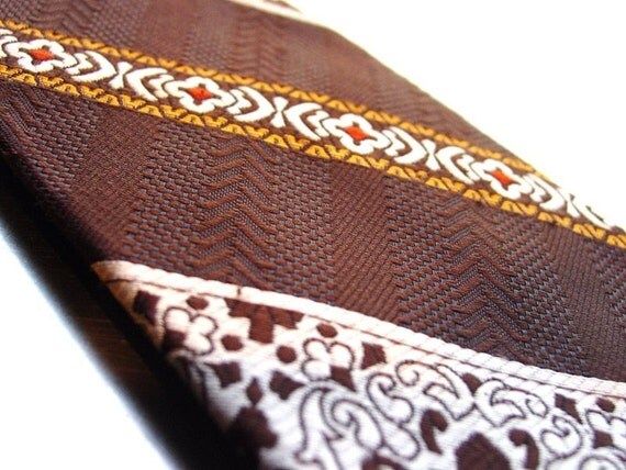 1970s  - Wembley Necktie with Wemlon Fabric  Cool Guy Brown and Gold