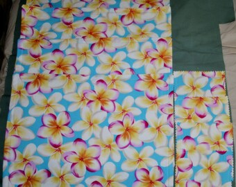 Set Of 4 Bright & Cheery FRANGIPANIS Triple Layer Fabric Table Placemats Plus 4 Drink Coasters
