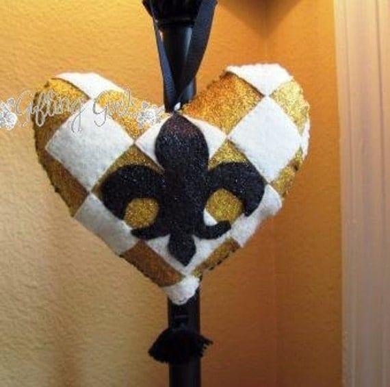 1/2 OFF SALE.... Fleur de Lis handsewn decorative door hanger