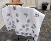 2 Tea Towels 'Pod'
